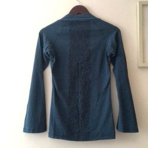 Patagonia Tunic with print accent on back